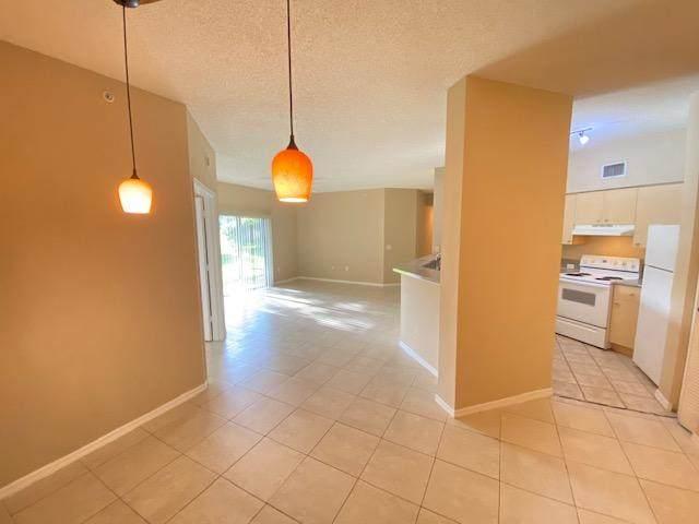 340 Crestwood Circle #106, Royal Palm Beach, FL 33411 (#RX-10736073) :: Treasure Property Group
