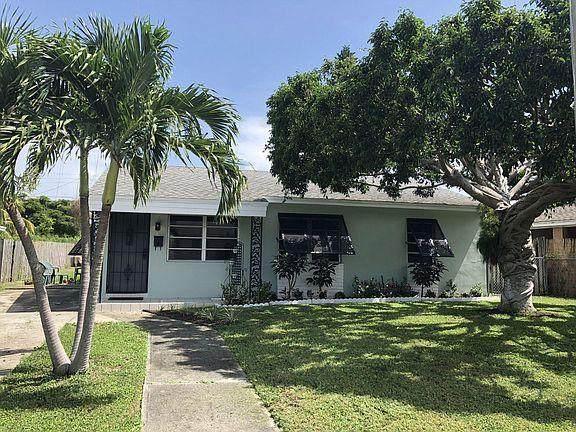 915 Macy Street, West Palm Beach, FL 33405 (#RX-10736119) :: Ryan Jennings Group