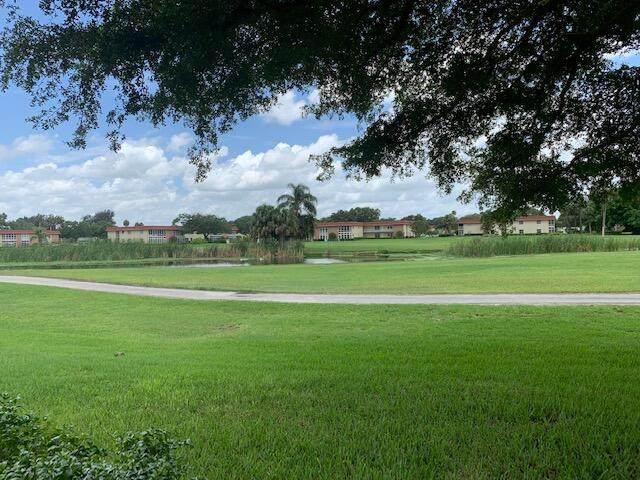 30 Pine Arbor Lane #203, Vero Beach, FL 32962 (#RX-10736135) :: Heather Towe   Keller Williams Jupiter