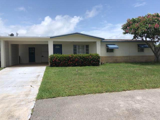 1740 NE Media Avenue, Jensen Beach, FL 34957 (#RX-10737704) :: Baron Real Estate