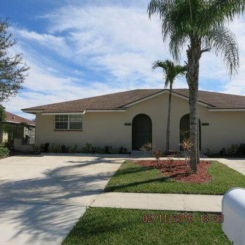1425-1427 Riverside Circle, Wellington, FL 33414 (#RX-10738730) :: Posh Properties
