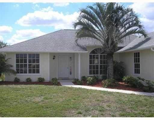 2680 SW Opechee Avenue, Port Saint Lucie, FL 34987 (MLS #RX-10739614) :: Castelli Real Estate Services