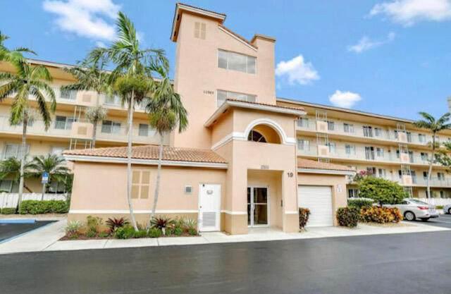 5746 Crystal Shores Drive #302, Boynton Beach, FL 33437 (#RX-10740771) :: Baron Real Estate