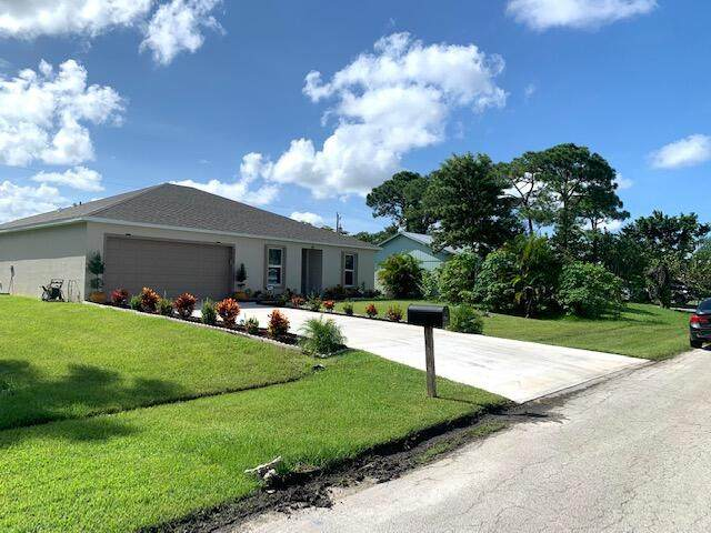2902 SW Lucerne Street, Port Saint Lucie, FL 34953 (MLS #RX-10741871) :: Castelli Real Estate Services