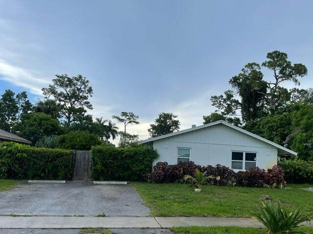 412 Perry Avenue, Greenacres, FL 33463 (#RX-10743853) :: Baron Real Estate