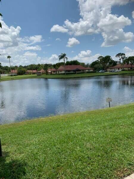 4365 Woodstock Drive C, West Palm Beach, FL 33409 (#RX-10745096) :: Michael Kaufman Real Estate