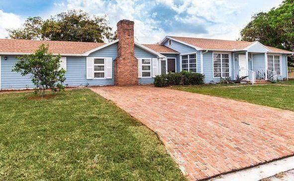 1230 N C Street, Lake Worth Beach, FL 33460 (MLS #RX-10745212) :: Berkshire Hathaway HomeServices EWM Realty