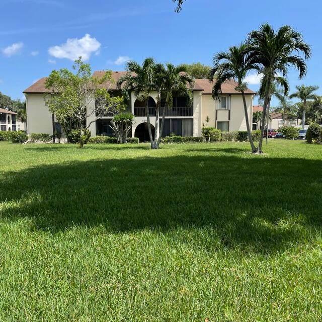 107 Lake Pine Circle B-1, Greenacres, FL 33463 (#RX-10745587) :: IvaniaHomes   Keller Williams Reserve Palm Beach