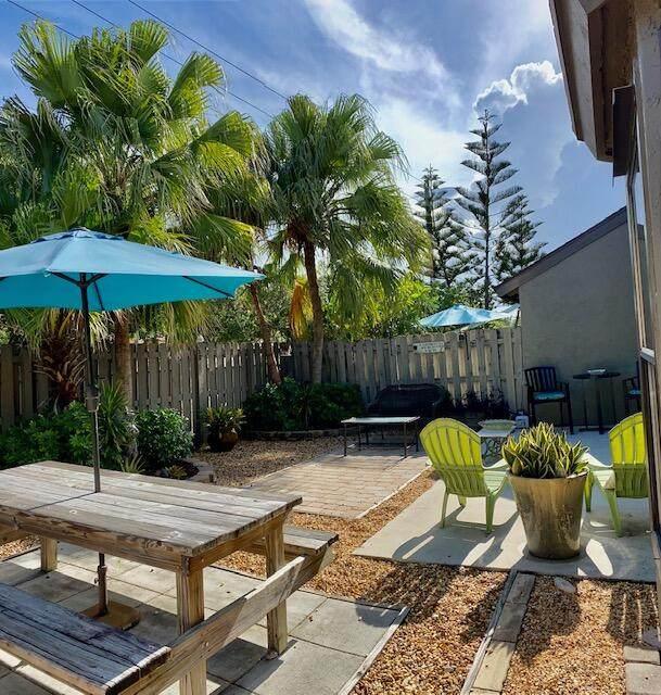 5060 Sesame Street, Palm Beach Gardens, FL 33418 (#RX-10745869) :: Ryan Jennings Group