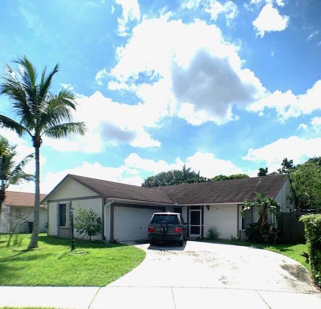 7744 Cedro Court, Lake Worth, FL 33467 (MLS #RX-10746414) :: Berkshire Hathaway HomeServices EWM Realty