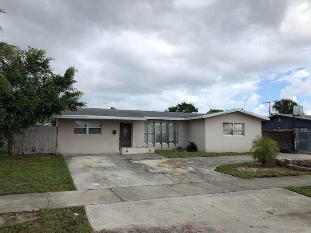 121 NW 17 Court, Pompano Beach, FL 33060 (MLS #RX-10746907) :: Adam Docktor Group