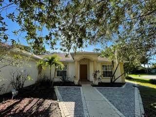 750 SW Alton Circle, Port Saint Lucie, FL 34953 (MLS #RX-10747246) :: Adam Docktor Group