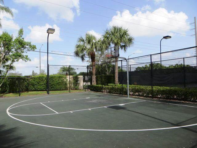 7589 Colony Lake Drive, Boynton Beach, FL 33436 (MLS #RX-10747823) :: The DJ & Lindsey Team