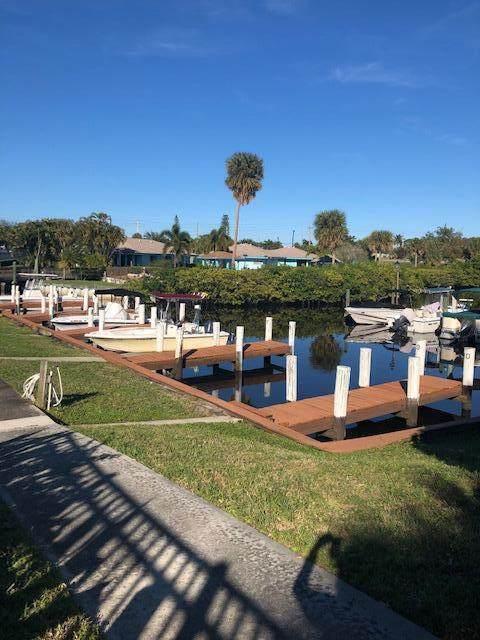 1551 NE 13th Terrace NE #14, Jensen Beach, FL 34957 (#RX-10747907) :: Posh Properties