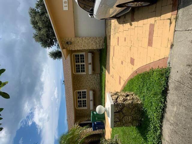 1850 NE 199th Street, Miami, FL 33179 (MLS #RX-10747949) :: Castelli Real Estate Services