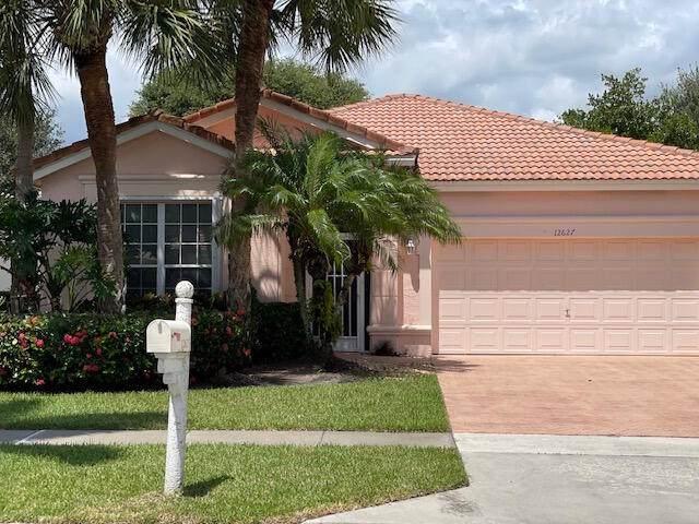 12627 Coral Lakes Drive, Boynton Beach, FL 33437 (#RX-10748423) :: Michael Kaufman Real Estate