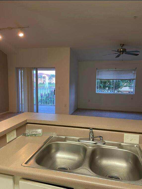 131 SW Palm Drive #208, Port Saint Lucie, FL 34986 (#RX-10749040) :: Baron Real Estate