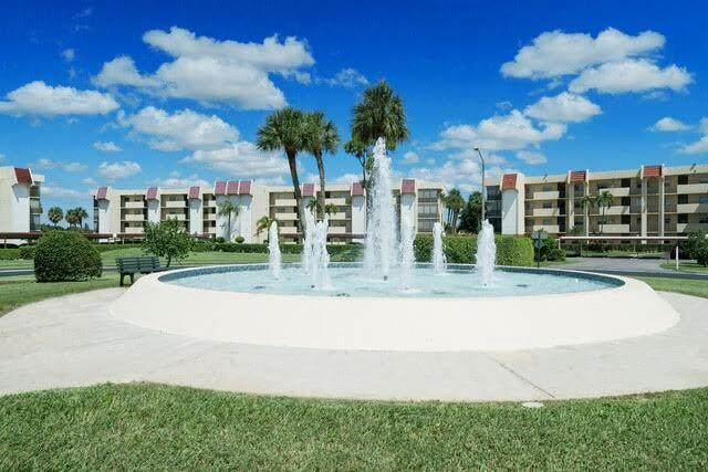 23099 Barwood Lane N #208, Boca Raton, FL 33428 (#RX-10749342) :: IvaniaHomes | Keller Williams Reserve Palm Beach
