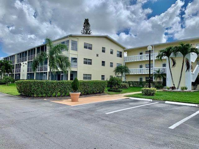 303 Dorset H, Boca Raton, FL 33434 (MLS #RX-10749892) :: The DJ & Lindsey Team