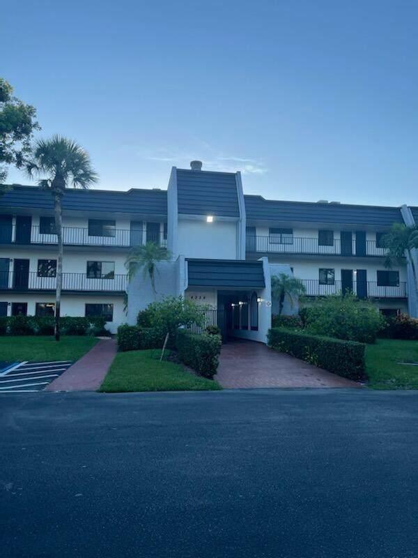 4284 Deste Court #204, Lake Worth, FL 33467 (MLS #RX-10750423) :: Berkshire Hathaway HomeServices EWM Realty
