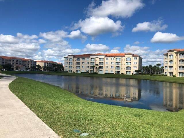 38 Harbour Isle Dr Drive #106, Fort Pierce, FL 34949 (#RX-10750593) :: IvaniaHomes | Keller Williams Reserve Palm Beach