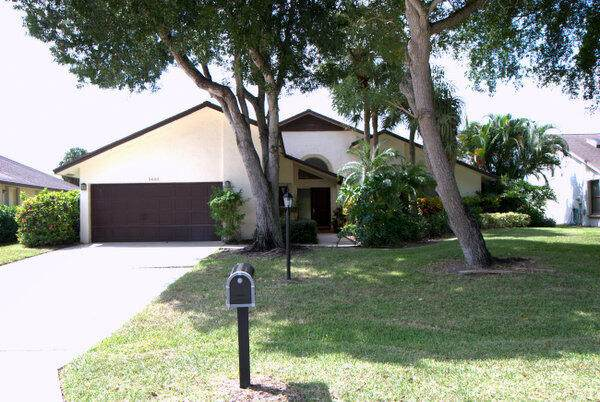 5603 Boca Delray Boulevard, Delray Beach, FL 33484 (MLS #RX-10750789) :: Castelli Real Estate Services