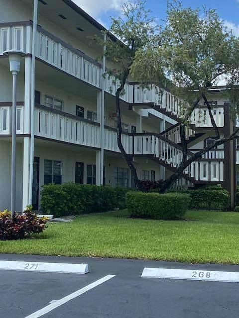 267 Suffolk G 267G, Boca Raton, FL 33434 (MLS #RX-10751771) :: The DJ & Lindsey Team