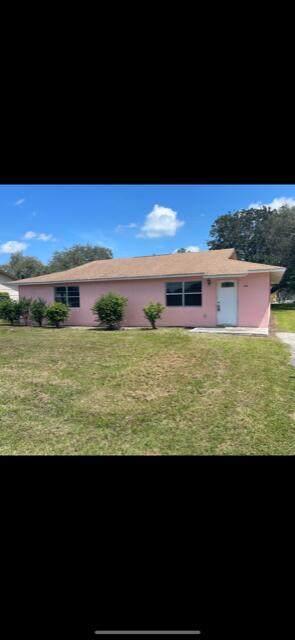 246 Azucana Road, South Bay, FL 33493 (#RX-10753163) :: IvaniaHomes | Keller Williams Reserve Palm Beach