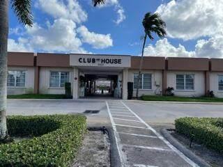 2628 Dudley Drive E E, Palm Springs, FL 33461 (MLS #RX-10753323) :: Castelli Real Estate Services