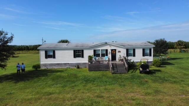 11255 Bluefield Road, Fort Pierce, FL 34950 (#RX-10753590) :: The Rizzuto Woodman Team