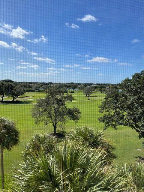 6815 Willow Wood Drive #4015, Boca Raton, FL 33434 (#RX-10754062) :: Posh Properties