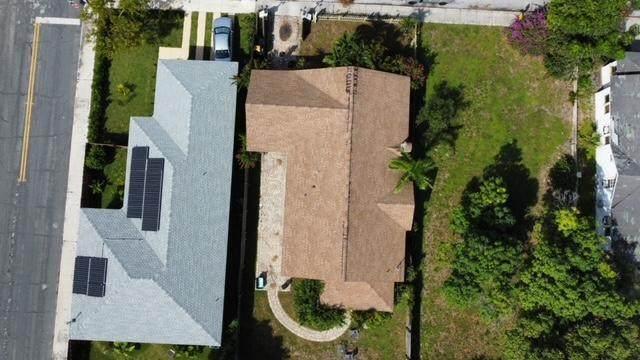 926 S N Street, Lake Worth, FL 33460 (#RX-10754812) :: The Reynolds Team   Compass