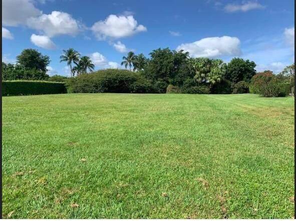 10677 Pine Tree Terrace, Boynton Beach, FL 33436 (#RX-10754955) :: Baron Real Estate