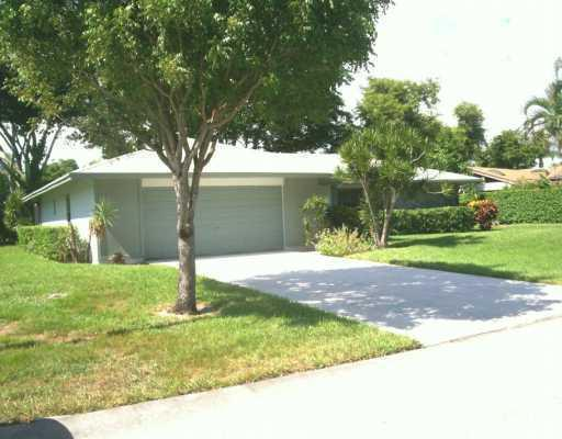 766 NW 24th Avenue, Delray Beach, FL 33445 (#RX-10007826) :: The Reynolds Team/Treasure Coast Sotheby's International Realty