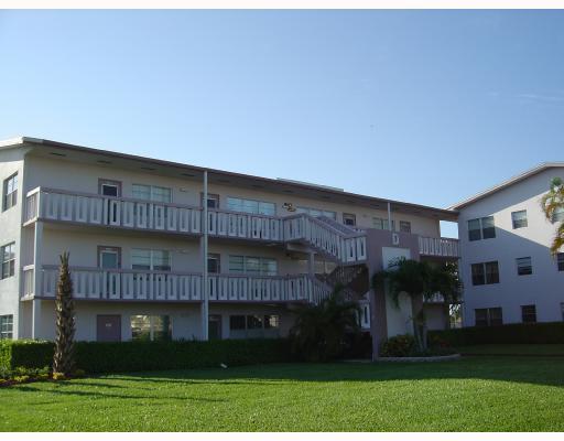 130 Fanshaw D #130, Boca Raton, FL 33434 (#RX-10309043) :: Ryan Jennings Group