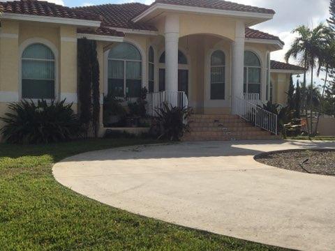 4190 SW 75 Circle, Davie, FL 33314 (MLS #RX-10389544) :: Berkshire Hathaway HomeServices EWM Realty