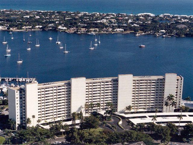 130 Lakeshore Drive #523, North Palm Beach, FL 33408 (#RX-10405572) :: The Carl Rizzuto Sales Team