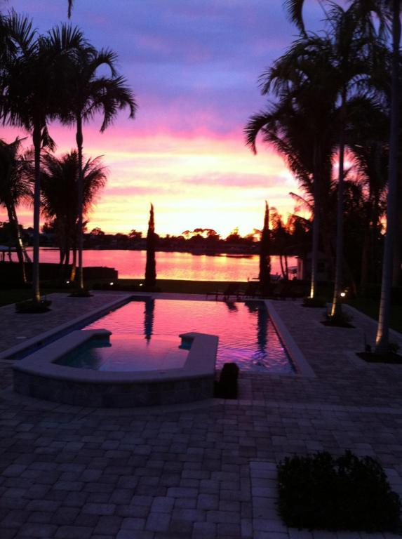 6297 Pine Drive, Lake Worth, FL 33462 (#RX-10414939) :: Ryan Jennings Group