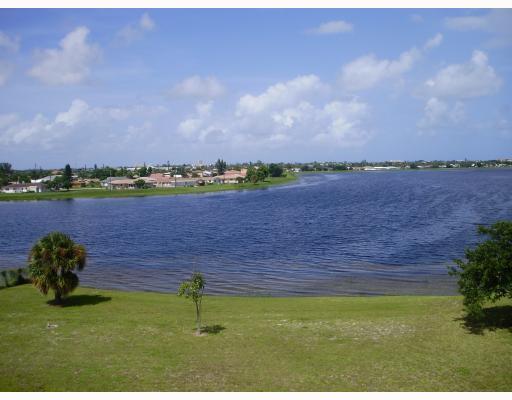 470 Executive Center Drive 4-A, West Palm Beach, FL 33401 (#RX-10418019) :: Ryan Jennings Group