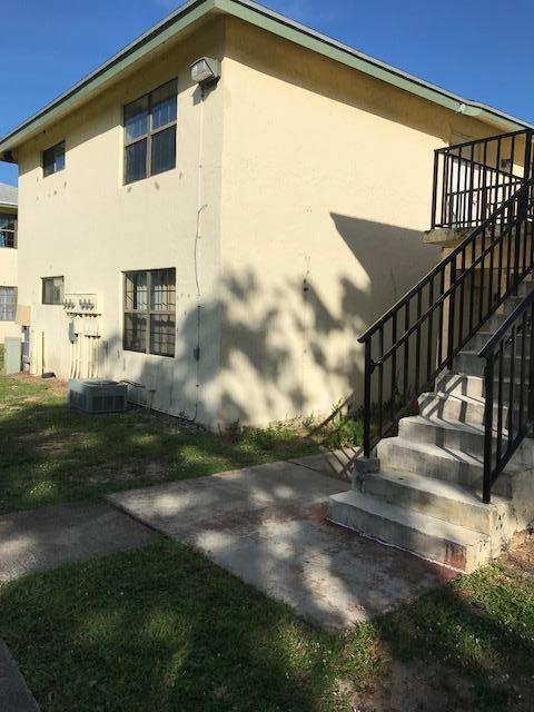 2323 Linton Ridge Circle D-10, Delray Beach, FL 33444 (#RX-10463572) :: Ryan Jennings Group