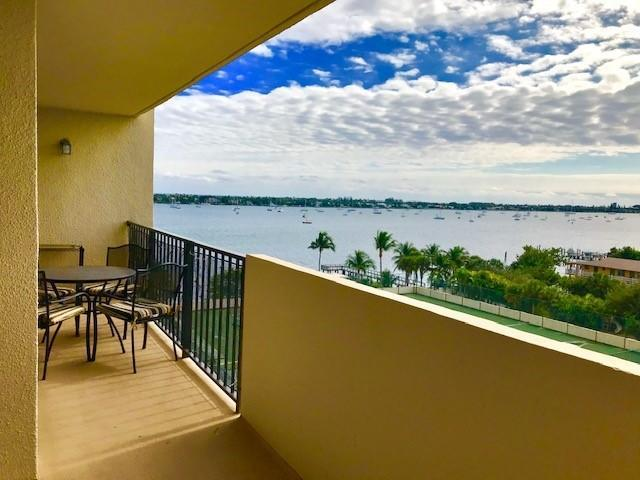 5600 N Flagler Drive #704, West Palm Beach, FL 33407 (MLS #RX-10485865) :: Castelli Real Estate Services