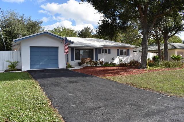 616 E Conference Drive, Boca Raton, FL 33486 (#RX-10486203) :: The Reynolds Team/Treasure Coast Sotheby's International Realty