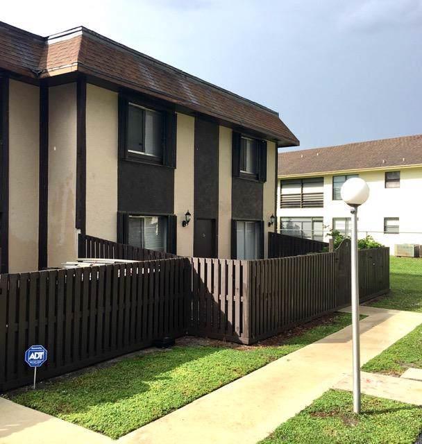 2110 Sherwood Forest Boulevard #24, West Palm Beach, FL 33415 (#RX-10529018) :: Ryan Jennings Group