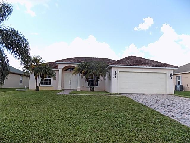 1032 SW Fisherman Avenue, Port Saint Lucie, FL 34953 (#RX-10551683) :: Weichert, Realtors® - True Quality Service