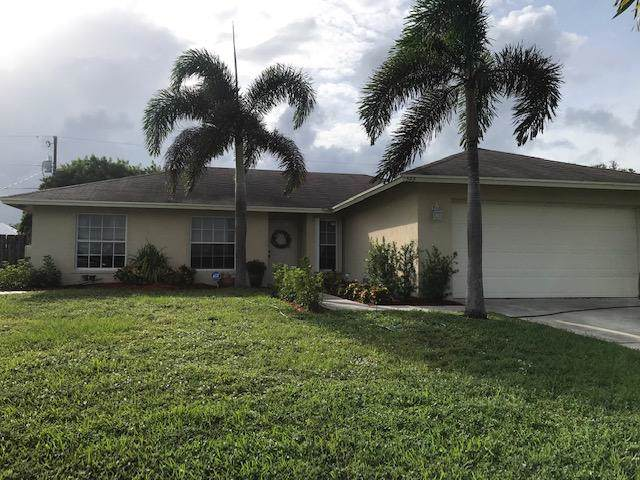 593 SW Columbus Drive, Port Saint Lucie, FL 34953 (#RX-10558242) :: Ryan Jennings Group