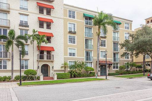 720 S Sapodilla Avenue #308, West Palm Beach, FL 33401 (#RX-10563209) :: Ryan Jennings Group