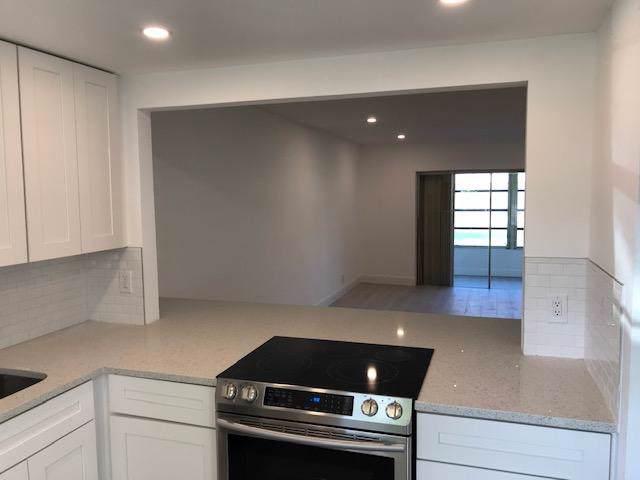 21 Abbey Lane #106, Delray Beach, FL 33446 (#RX-10587742) :: Ryan Jennings Group