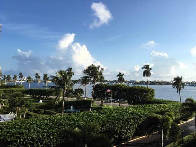 1801 S Flagler Drive #405, West Palm Beach, FL 33401 (#RX-10590963) :: Ryan Jennings Group