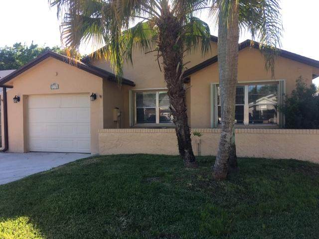 9172 Pine Springs Drive, Boca Raton, FL 33428 (#RX-10599409) :: Ryan Jennings Group