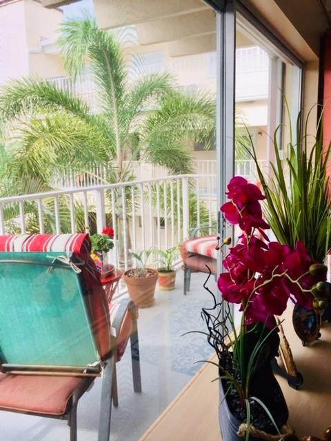 4001 S Ocean Boulevard #305, South Palm Beach, FL 33480 (#RX-10629760) :: Ryan Jennings Group
